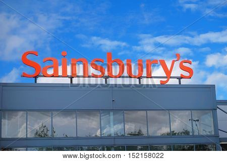 Basingstoke, Hampshire, Uk - October 17 2016: Store Front Of The Sainsburys Superstore In Kempshott
