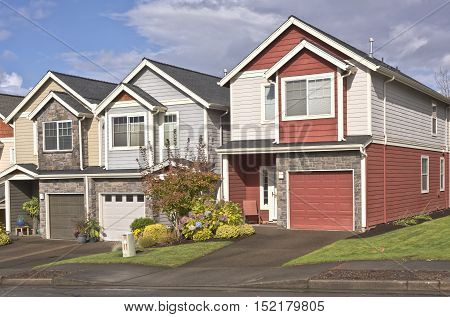 Family homes in a row in Gresham Oregon.