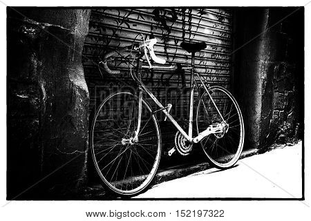 Old town bicycle on a side street, Rome, Italy, Europe