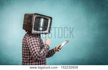 Problem of television addiction . Mixed media