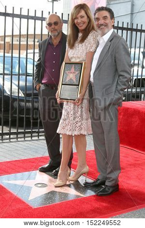 LOS ANGELES - OCT 17:  Richard Schiff, Allison Janney, Chuck Lorre at the Allison Janney Hollywood Walk of Fame Star Ceremony at the Gower and Hollywood on October 17, 2016 in Los Angeles, CA