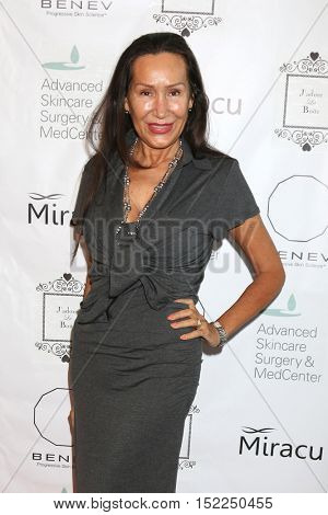 LOS ANGELES - OCT 15:  Mara New at the BENEV Skincare Event at the Advanced Skincare MedCenter on October 15, 2016 in Los Angeles, CA