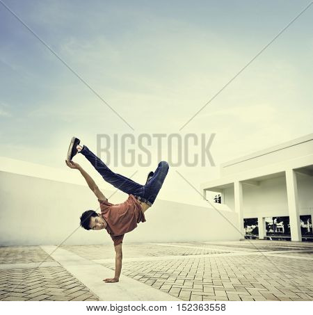 Break dance Movement Teenagers Trendy Lifestyle Concept