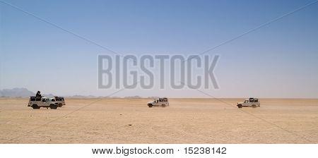 jeeps in desert