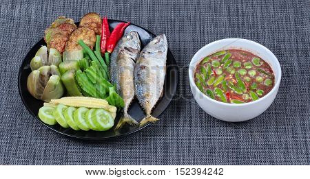 Spicy shrimp paste dip as