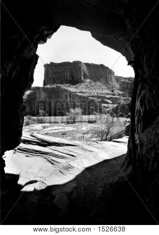 Canyon De Chelly'S Cave