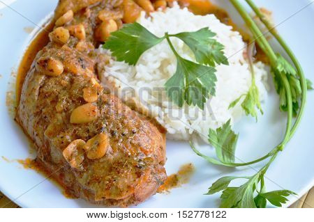 chicken leg Mussaman curry eat with plain rice