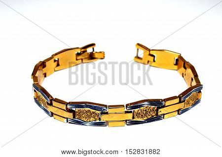 Bracelet gilded with small diamonds and rectangles blue.
