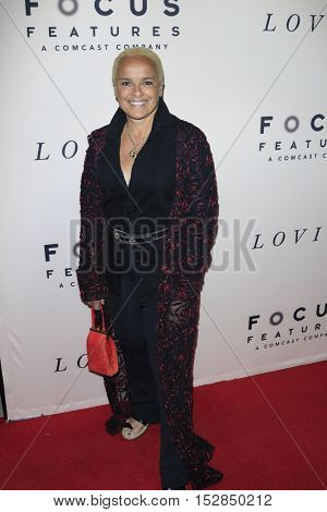 LOS ANGELES - OCT 20:  Shari Belafonte at the