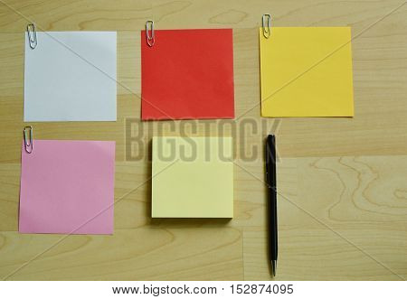 many color paper for white a message