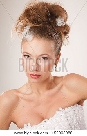 Beautiful brides with moden hairstyle and make-up portrait