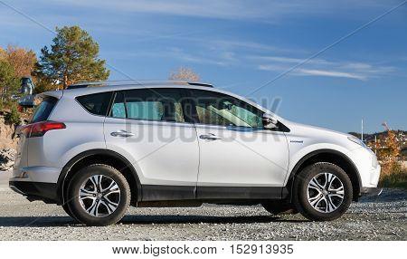 Silver Gray Toyota Rav4 Hybrid