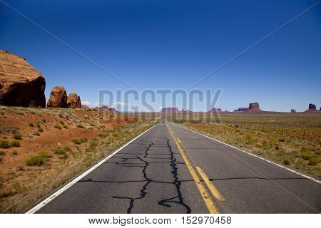 The road to monument valley in Arizona