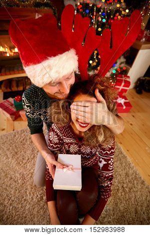 Christmas surprise from boyfriend to girlfriend