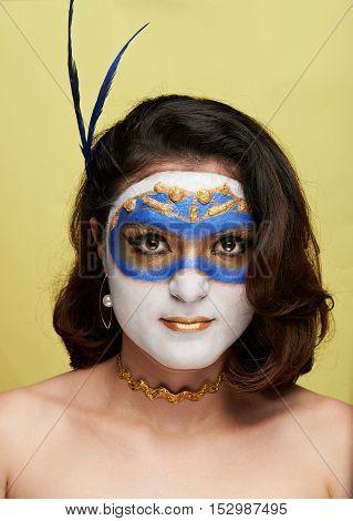 Women In Gold Mask
