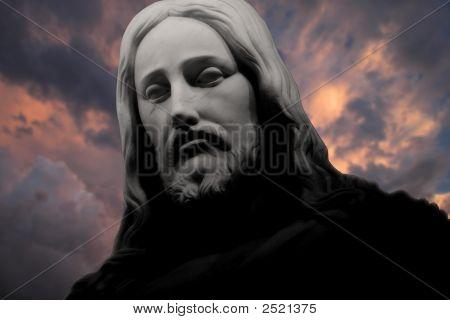 Christusthunderingclouds