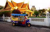 Tuk Tuk Outs Side A Bangkok Temple