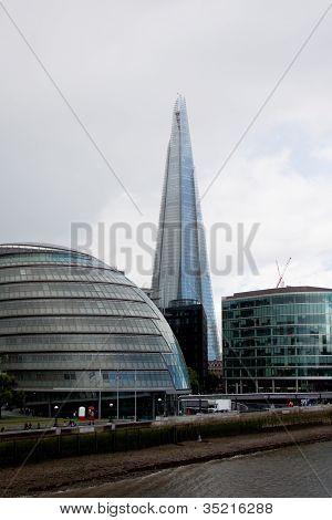 London city hall and the Shard