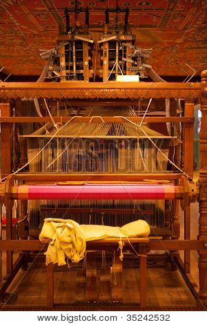 Rear Traditional Wooden Handloom