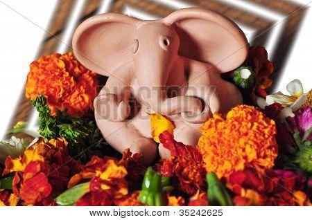 Ganesha en flores