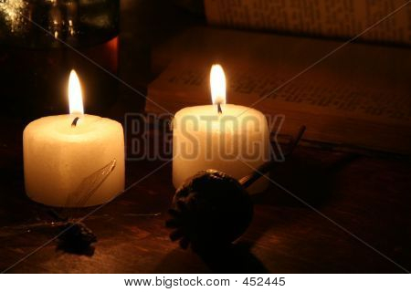 Candels In The Dark