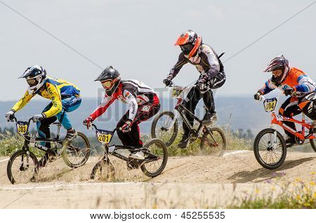 Masters Race