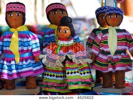 Miccosukee_dolls
