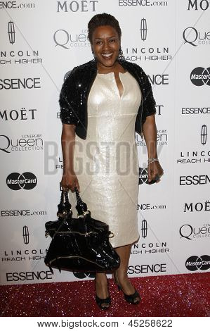 LOS ANGELES - MAR 4: CCH Pounder am 3. jährliche Essence Black Women in Hollywood Mittagessen an der