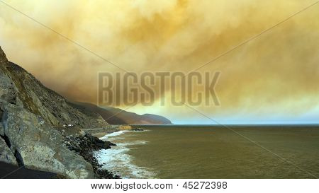 Massive Smoke Plumes Over Pch-1, Ca