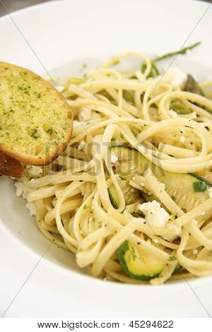 Linguine With Feta Cheese