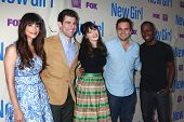 LOS ANGELES - APR 30:  Hannah Simone, Max Greenfield, Zooey Deschanel, Jake Johnson, Lamorne Morris
