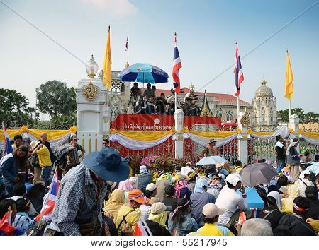 Bangkok - Dec 9 : Protesters Attend A Large Anti-government Outside Government Hous