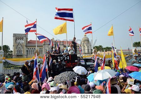 Bangkok - Dec 9 : Protesters Attend A Large Anti-government Outside Government House, Bangkok, Thail