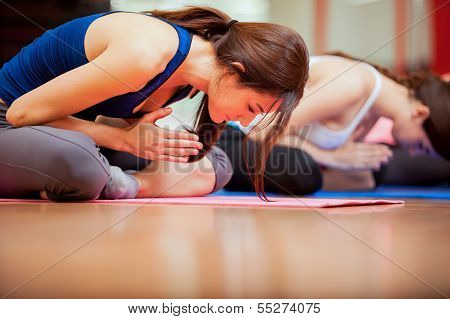 Meditación en clase de yoga