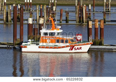 Brunsbuettel - Lifeboat At Lockage