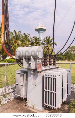 Electric Transformer