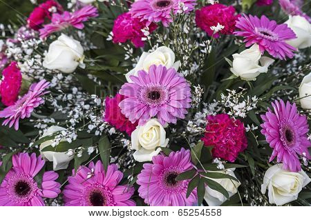 Bouquet in pink and white