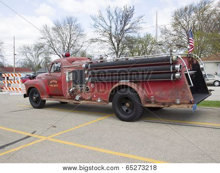 1951 Chevy Fire Truck Side View