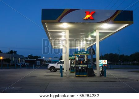 JACKSONVILLE, FL-MAY 17, 2014: A Kangaroo Express store gas station at night. The Pantry Inc company operates the Kangaroo Express stores with 1,537 stores in thirteen states.