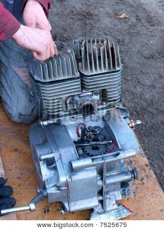 Repairing Engine 2