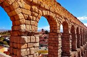 foto of aqueduct  - a view of the Roman Aqueduct of Segovia - JPG