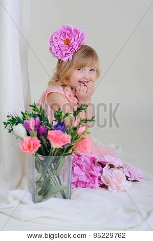 Girl With Nice Teeth Blesyatschimi Eyes Flower In Her Hair And A Pink Dress Laughing