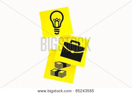 Light bulb against sticky note