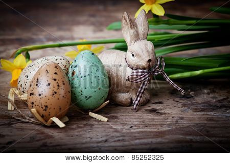 Easter decoration with eggs and cute bunny