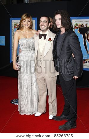 LOS ANGELES - APR 21: Aimee Teegarden, Joe Nussbaum, Thomas McDonell at the premiere of Walt Disney Pictures' 'Prom' at the El Capitan in Los Angeles, California on April 21, 2011.