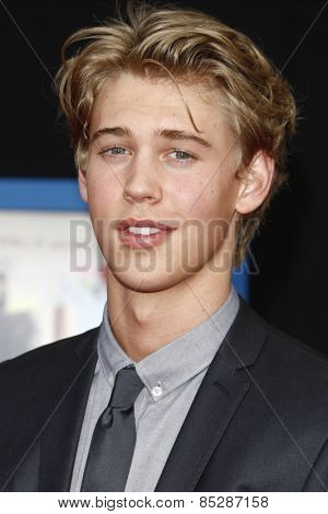 LOS ANGELES - APR 21: Austin Butler at the premiere of Walt Disney Pictures' 'Prom' at the El Capitan in Los Angeles, California on April 21, 2011.