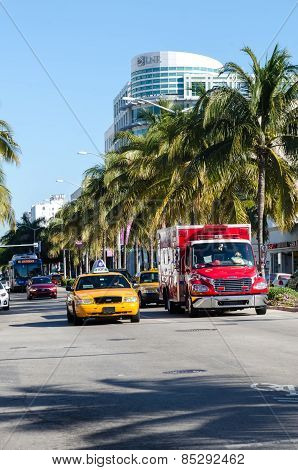 Taxi In Collins Avenue In Miami Beach