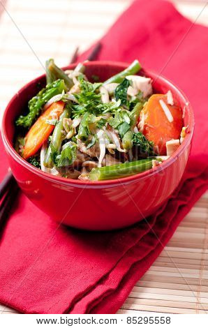 Stir Fry With Chicken And Organic Vegetables
