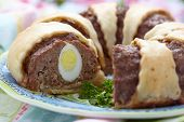 pic of meatloaf  - Meatloaf ring stuffed eggs for a Easter - JPG