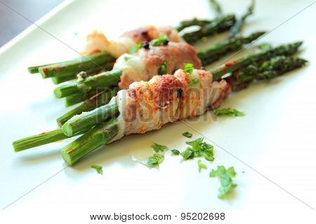 Tasty fresh asparagus with bacon